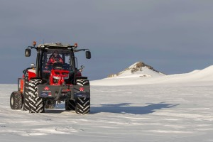 The MF 5610 tractor is coping well with the polar environment as it makes it way ever southward.