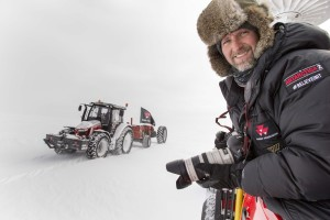 Antarctica2: Still time to take more pictures for cameraman Simon Foster as the Antarctica2 tractor expedition gets closer to home.
