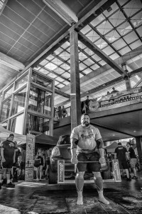 All power to Alex Curletto who came top in the semi-finals of Italy's Strongest Man Championship.