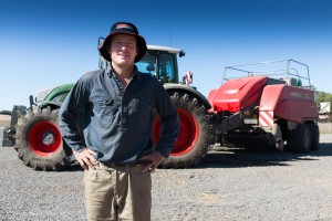 MF balers, Fendt tractors: AGCO combination Working Well for Australian Contractor
