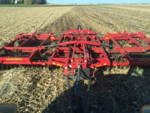 The Sunflower 6830 Series: A New Era in Tillage