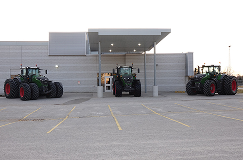 AGCO and Maple Lane Farm Service Inc. hosted an event together in Ontario, Canada.