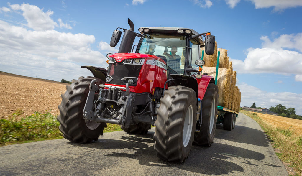 S Effect MF 7715 S tractor